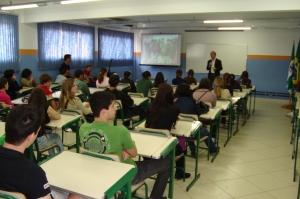 Visitantes vão conhecer estrutura e assistir a uma apresentação sobre o Campus Chapecó.